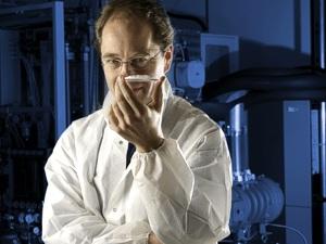 Dr. Conrad Hoefener