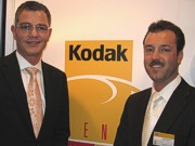 """Andree Hube und Markus Schwager: """"Kodak Unique Lens Gelitsichtglas auch phototrop und polarisierend"""""""