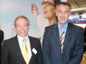 Peter Pavischitz und Christian Kirchmayer:  hohe Reaktionsgeschwindigkeit bei  Brillengläsern in erweiterten Fertigungsbereichen