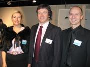Mag. Florian Krischan mit Maria Beadle Kops und Flemming Kops