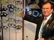 """Rudolf Stehle: """"Spezialkunststoff als Klebematerial"""""""
