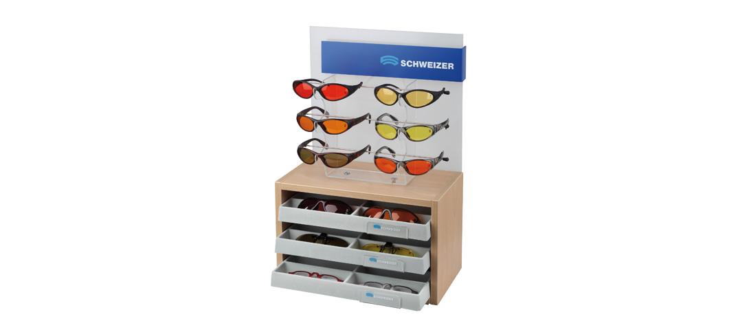 Schweizer Optik Topseller Display