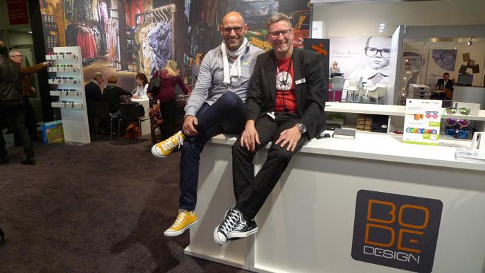 OPTI 2015 BODE DESIGN, Matthias Deter (GF und Marketing Director) und Stefan Bopp (GF und Managing Director) freuen sich über den Neuzugang von Converse Eyewear.