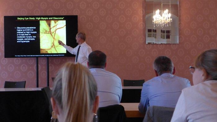 Myopie: Prävalenz, Ätiologie, Klinik und Therapie Prof. Dr. med. Jost Jonas
