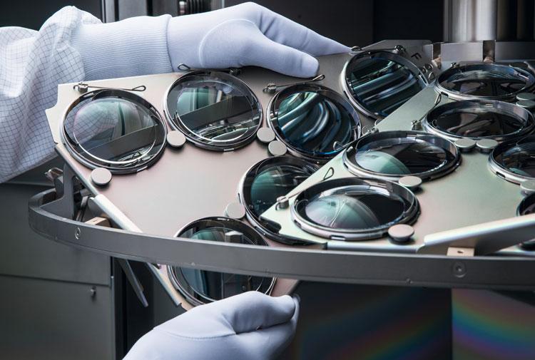 Silhouette Brillenglaserzeugung