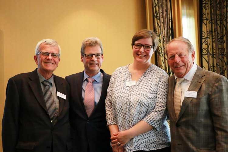 Auch am Ende einer heißen Diskussion noch gut gelaunt: Dr. Christian Bossard, Thomas Truckenbrod, Birgit Wahl und Dr. Fritz Gorzny (v.l.n.r.)