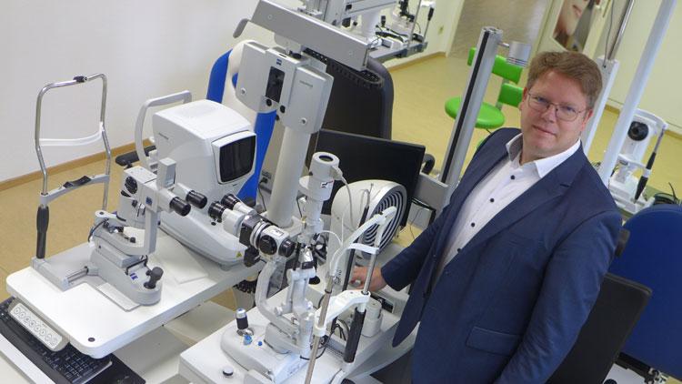 Das Herz der praktischen Ausbildung stellt unser Optometrie Labor und die Augenoptiker Werkstätte dar.