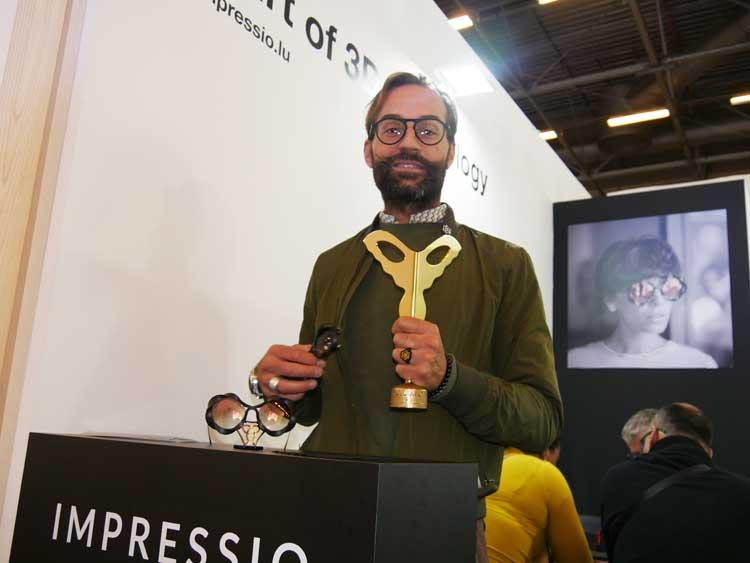 Area Manager Jean-Oliver Granger berichtete über das neuartige Herstellungsverfahren zur Impressio 609 Vortex