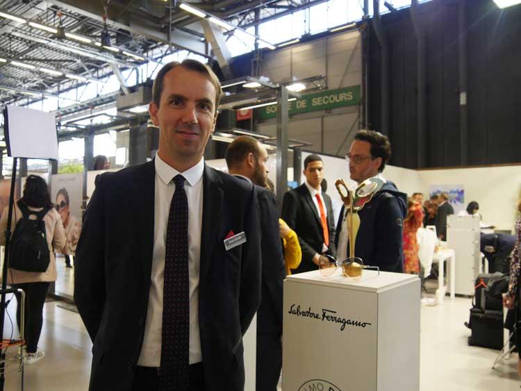 Arnaud Devilder, Marchon Directeur National des Ventes durfte sich gleich über zwei SILMO d'OR freuen – hier mit dem Siegermodell SF184S FIORE