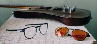 Luxottica_Oakley-Diecutter-Sun-RX-Lifestyle