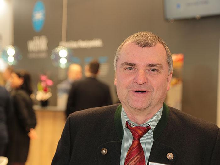 Peter Abel von der Geschäftsleitung Österreich berichtet unter anderem über ein neues Abosystem