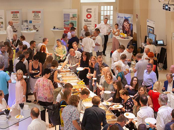 Deshalb wird die Tagung und Industrieausstellung von der renommierten Küche des SO/Vienna begleitet