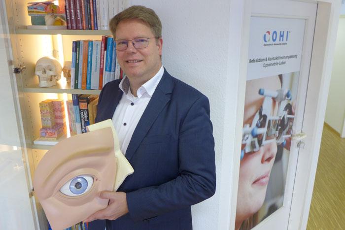 Dieter Medvey – Durch die berufsbegleitende Variation der Ausbildung kann das Erlernte sofort im Betrieb umgesetzt und vertieft werden