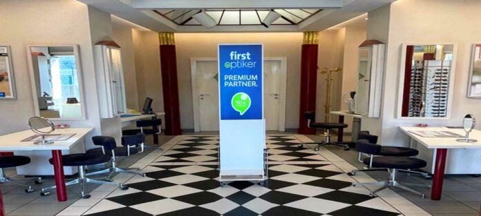 FirstOptiker setzt auf digitale Werbesysteme