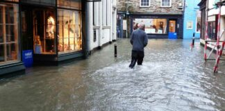 R+H bietet von der Flutkatastrophe betroffenen Augenoptikern rasche Hilfe an