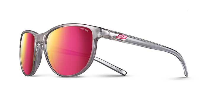 Die Sonnenbrille IDOL mit schlankem Design und unvergleichlichem Tragekomfort ist eine echte Feel-Good-Brille mit gewölbten Bügeln für junge Mädchen von 10 bis 15 Jahren