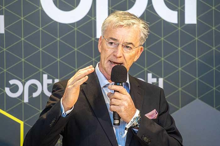 Josef May, Vorstandsvorsitzender des Industrieverbandes SPECTARIS